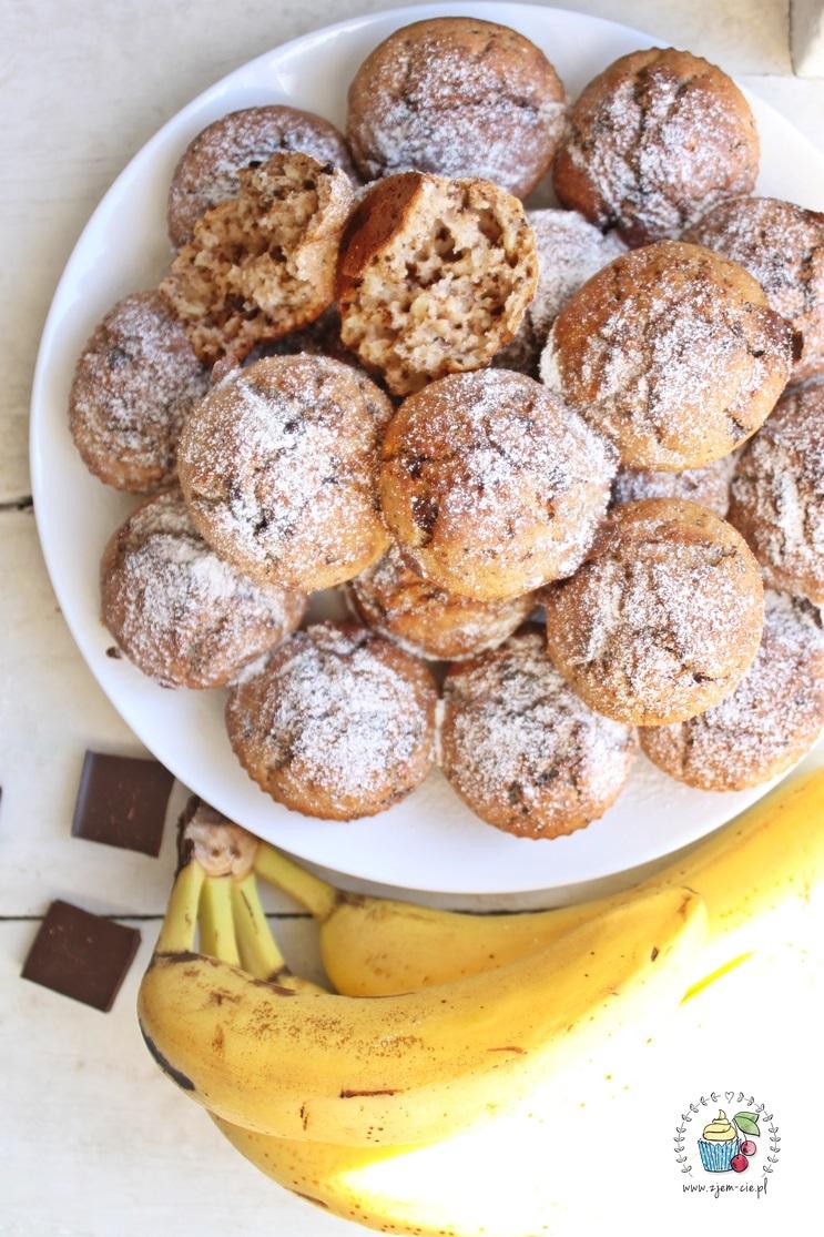 Muffinki bananowe z czekoladą i orzechami