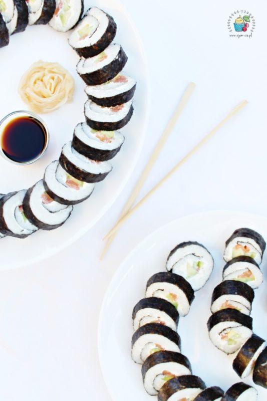 Co dać do środka sushi