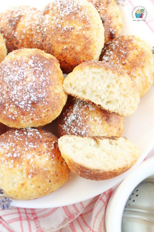 serowe pączki z piekarnika